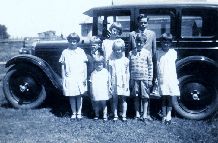 1920s manly cousins with 1929 nash